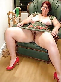 thicknakedgirls.com